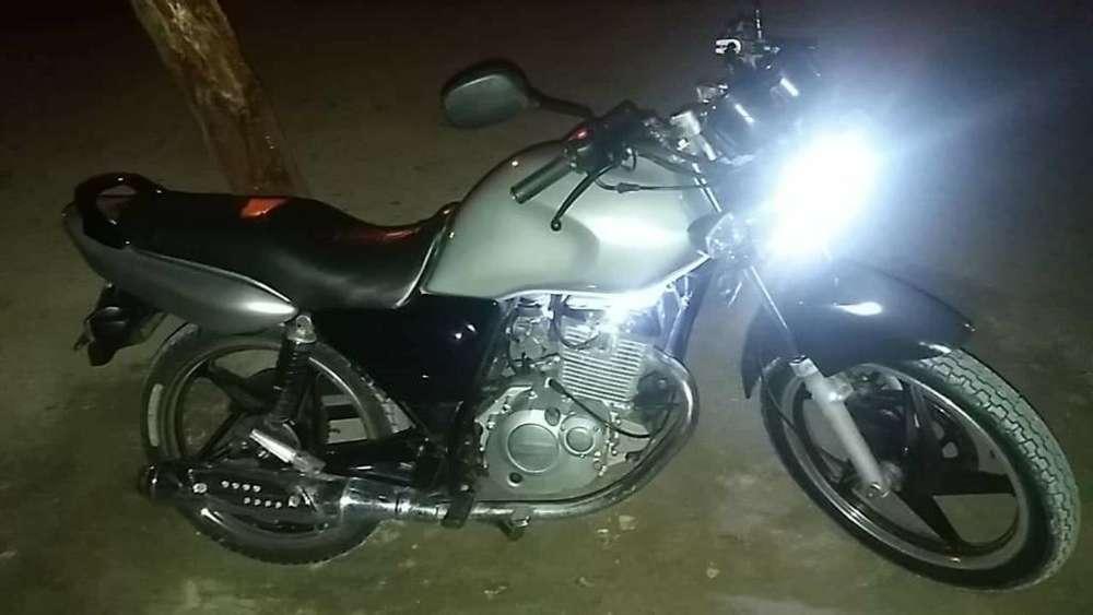 Se Vende Moto Suzuki en 125