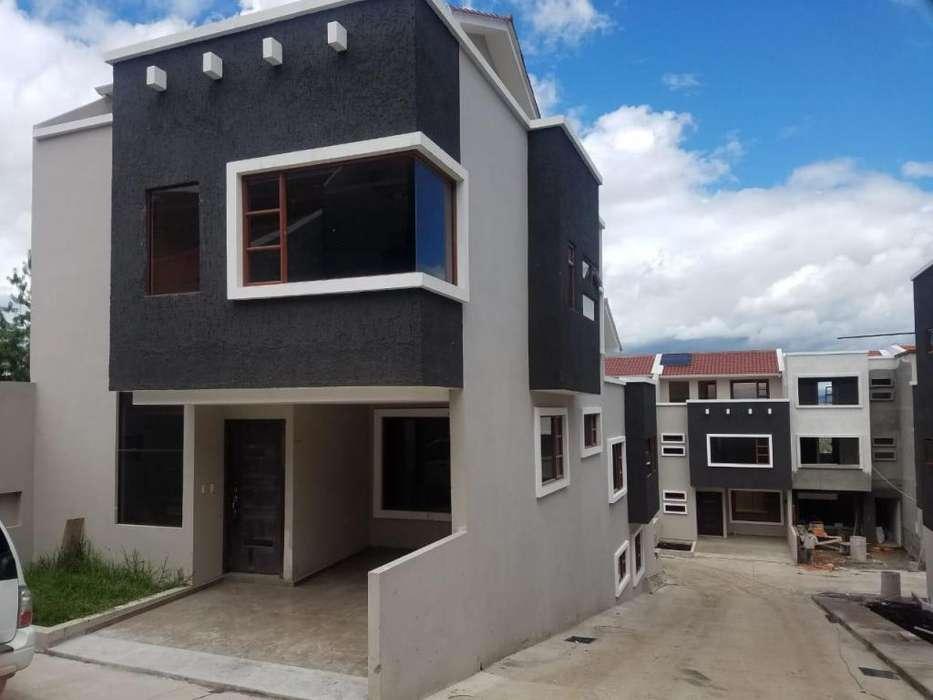 flamantes casas de venta, por estrenar, tres <strong>piso</strong>s y acabados de primera, en condominio privado, sector Balzay, sayausi
