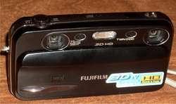 CAMARA DE FOTOS Y FILMADORA 3D!! FUJIFILM FINEPIX REAL 3D W3