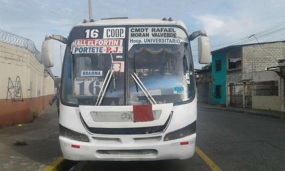 Se Vende Bus Mercedes Benz. Año 2011.