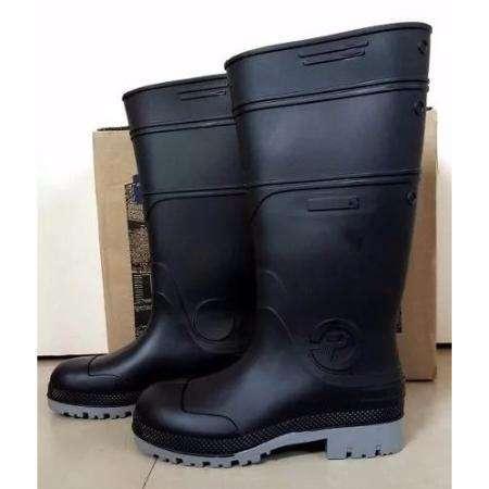 vendo botas de goma nueva 37 38