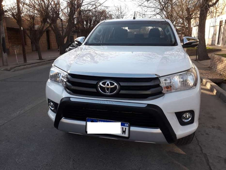 Toyota Hilux 2016 - 90000 km