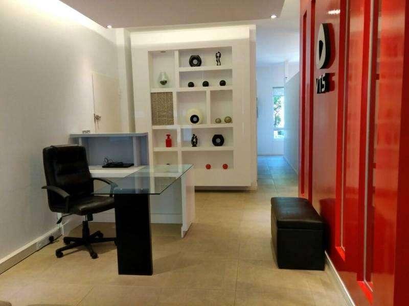 Oficina en alquiler en edificio <strong>corporativo</strong>.
