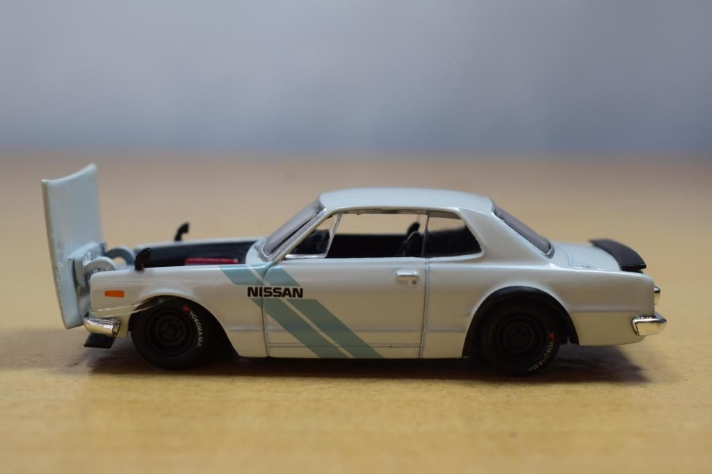 AUTO NISSAN FAIRLADY GT-R 1971