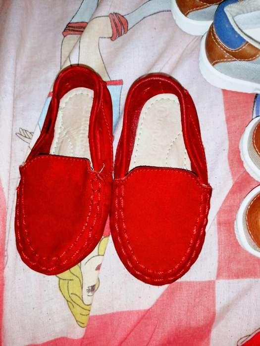 Vendo Hermosos Zapatos de Niño