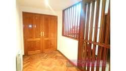 León Schneider  200 - UD 370.000 - Casa en Venta