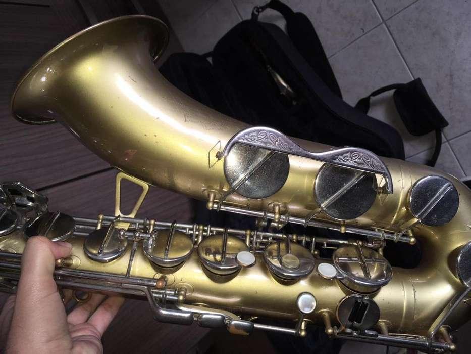 Saxofon Tenor Lafleur - Boosey & Hawkes - Amati