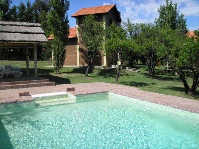 pr24 - Cabaña para 2 a 4 personas con pileta y cochera en Villa De Merlo