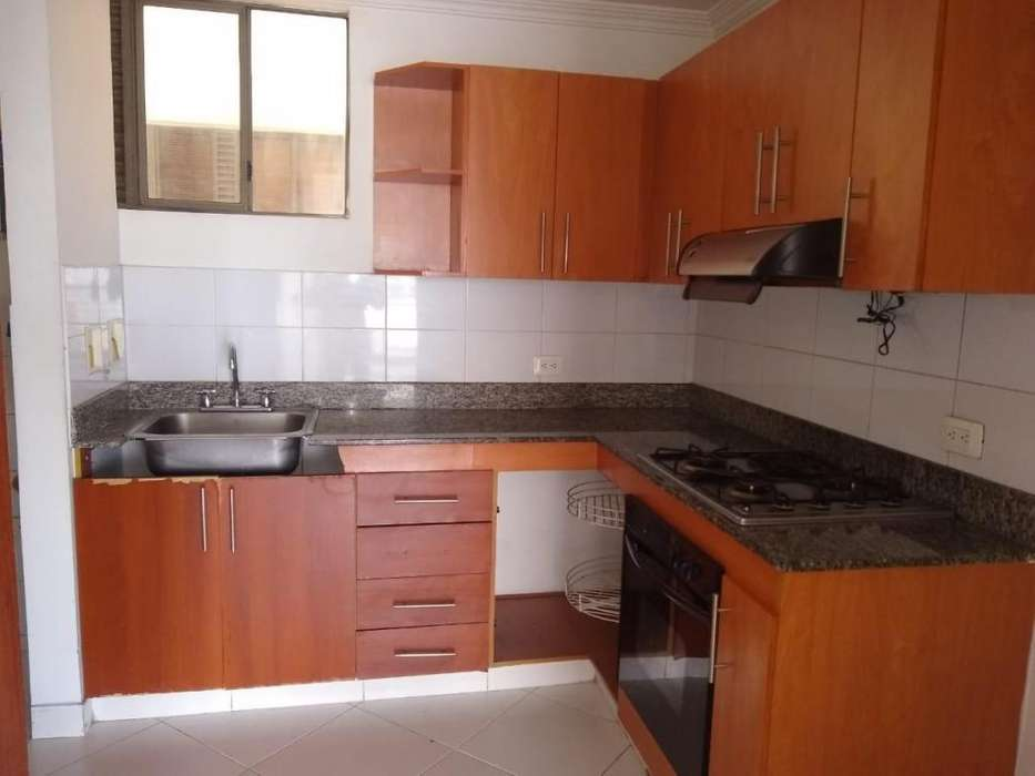 <strong>apartamento</strong> HERMOSO EN ARRIENDO SECTOR EL POBLADO 3200A