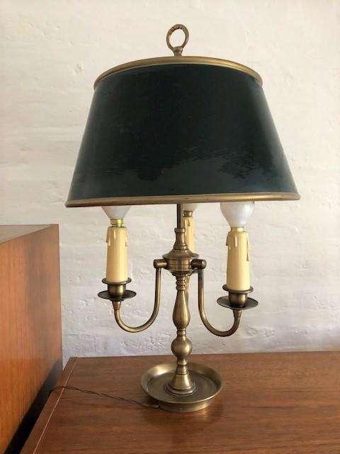 Lámpara inglesa de 3 velas en perfecto estado