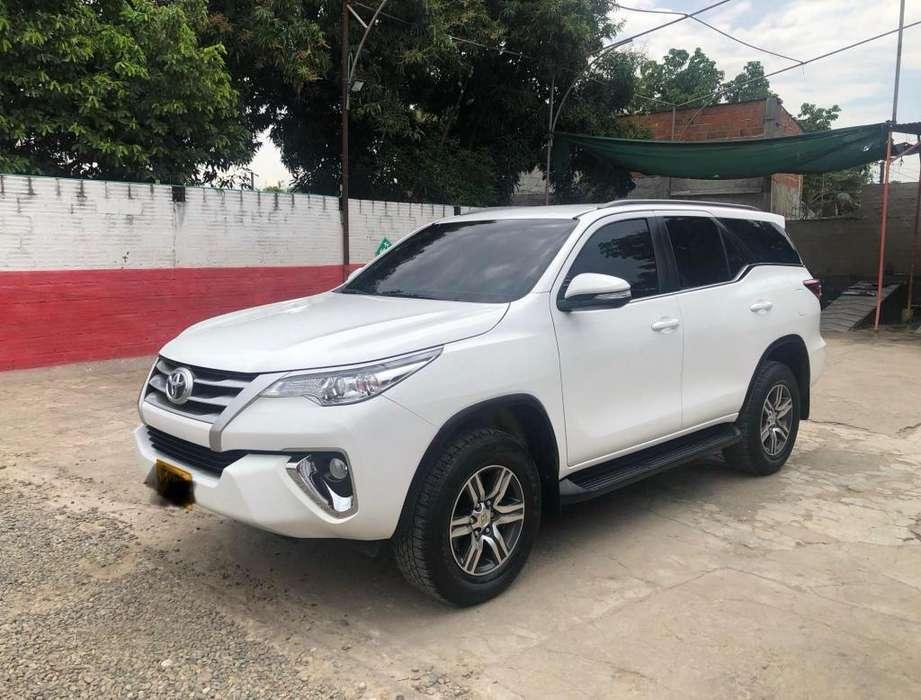 Toyota Fortuner 2018 - 30500 km