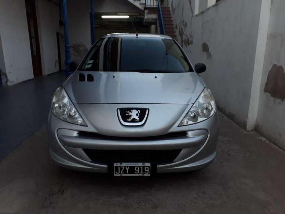 Peugeot 207 Compact 2011 - 79000 km