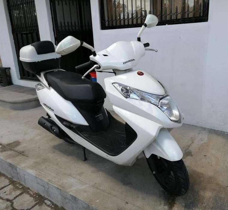 Vendo Moto <strong>honda</strong> Elite 125Cc Automatica