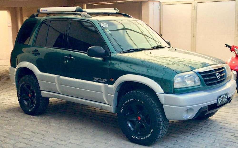 Suzuki Grand Vitara 2003 - 230000 km