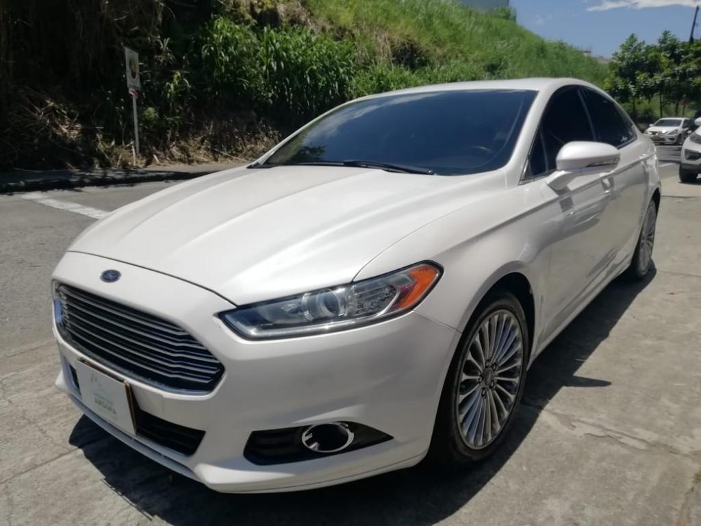 Ford Fusion titanium 2.0 Automatica Secuencial 2015 411