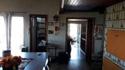 VENTA EN BLOCK 3 LOCALES MAS DEPTO TIPO CASA 4 AMB   QUINCHO