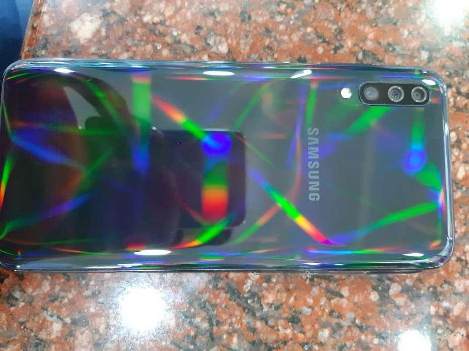 Vendo O Cambio Samsum Galaxy a 70