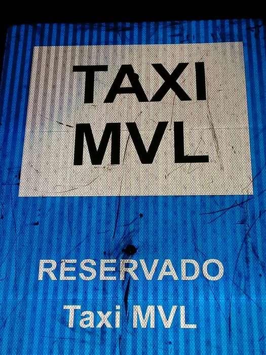 Transfiero Licencia de Taxi V.lopez para