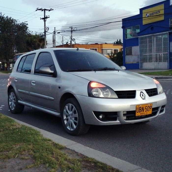 Renault Clio  2015 - 72000 km