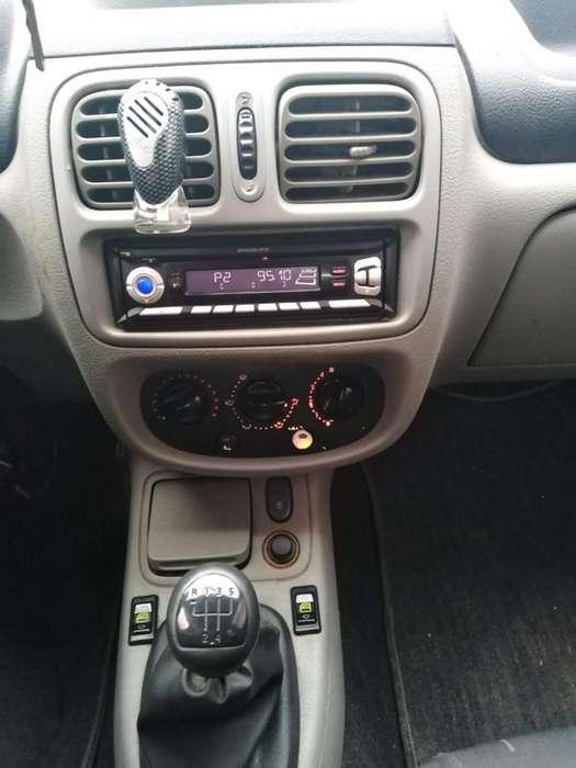 Renault Clio  2007 - 119000 km