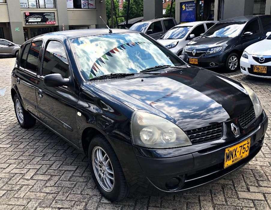 Renault Clio  2009 - 145000 km