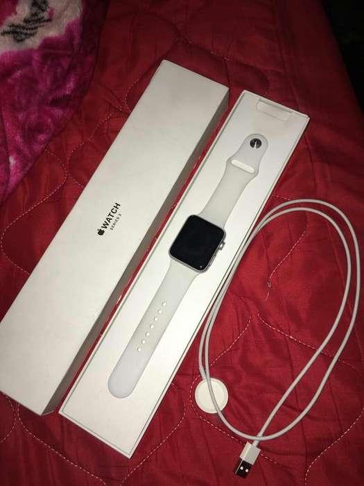 Vendo Apple Watch de 42 Mm Poco Uso