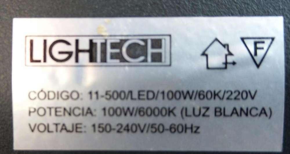 Vendo 15 Reflectores Led de 50 watt a 50 soles cu y 01 de 100 watt