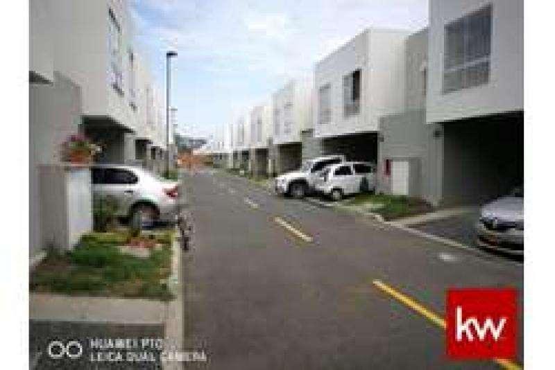 Cod. ABKWC-10403441 Casa En Arriendo En Jamundi Ciudad Country