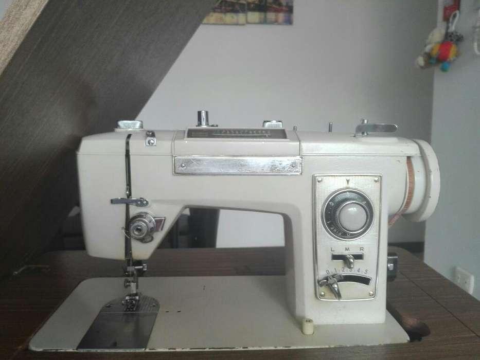 Maquina de Coser Semi Industrial