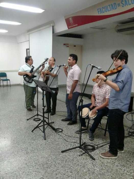 Clases de Guitarra Acústica