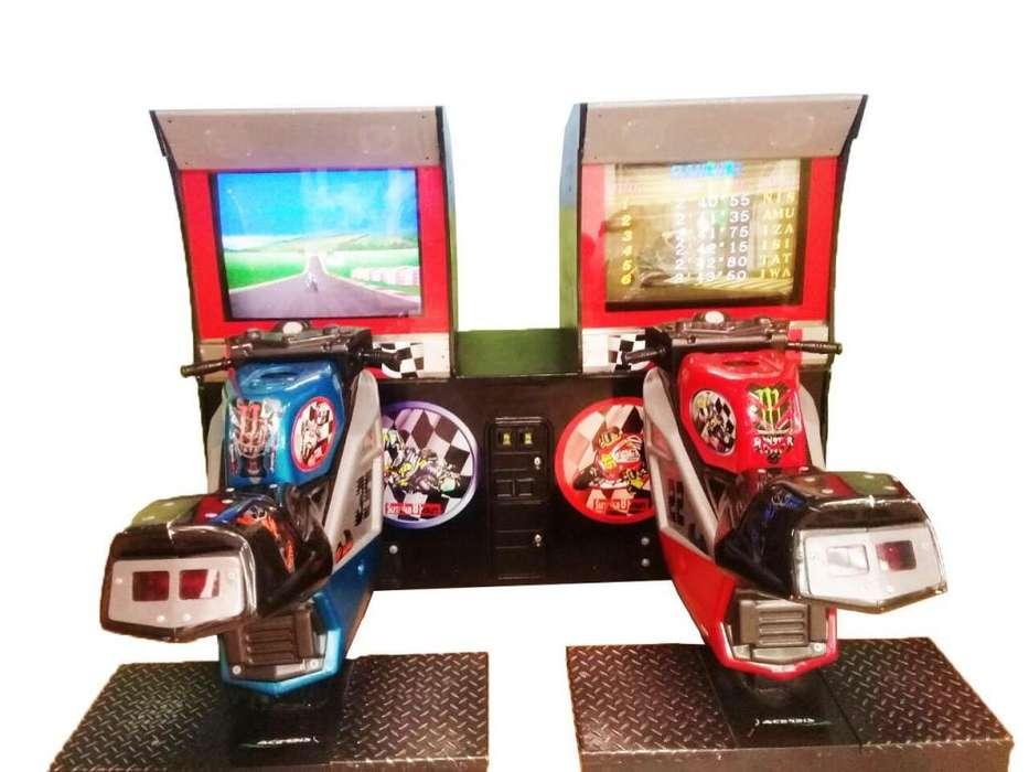 Alquiler Maquina Simulador de VideoJuegos Motos Susuka 8horas Namco
