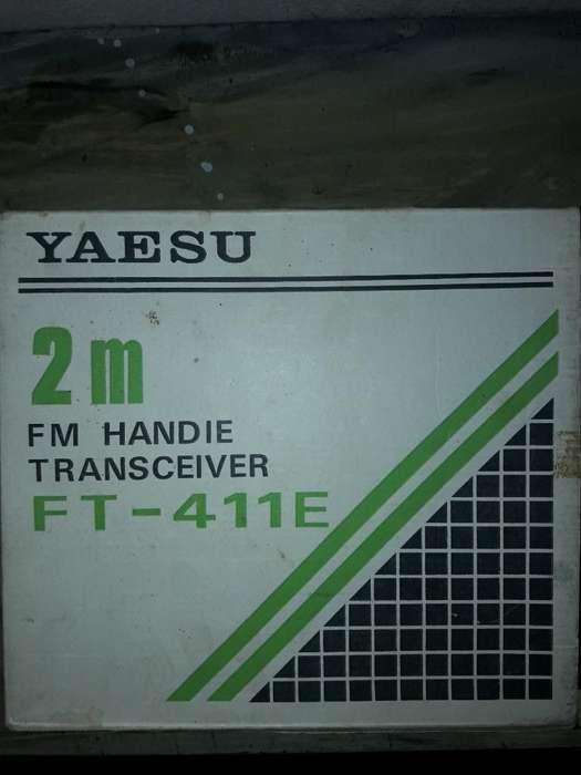 Vendo Handy Ft 411 Cómo Nuevo en Caja
