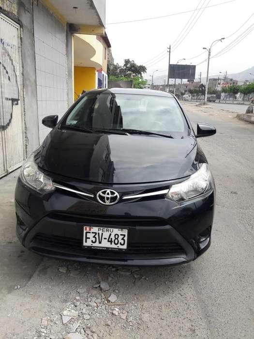 Toyota Yaris 2014 - 25000 km