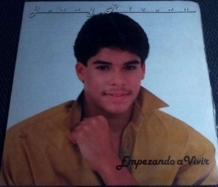 Empezando A Vivir Jerry Rivera Long Play Vinilo Acetato Salsa Tropical tenemos otros.