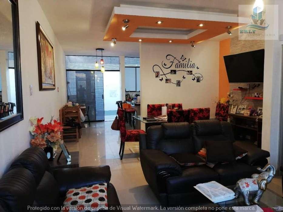 Vendo hermosa casa 2 pisos en Urb Bello Horizonte