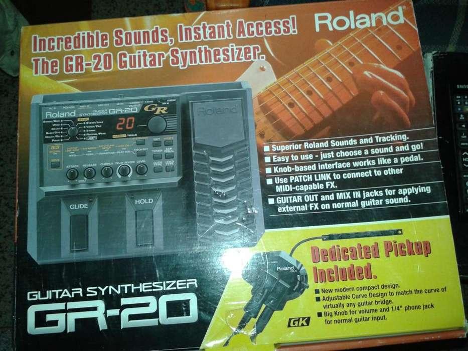 Sintetizador para guitarra Roland Gr 20 mic Gk3 cable 13 Pin Impecable