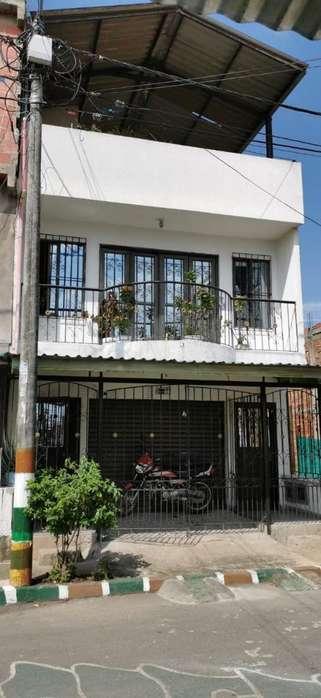 Se Vende Casa de 3 Pisos Villa Paulina