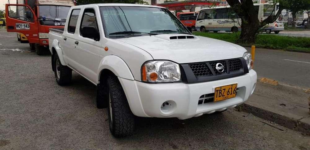 Nissan Frontier 2012 - 135500 km