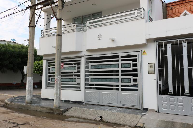 Casa En Venta En Cúcuta El Bosque Cod. VBVVP-211