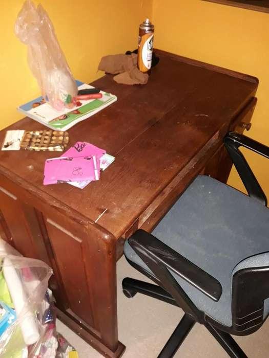 Vendo Muebles de Algarrobo