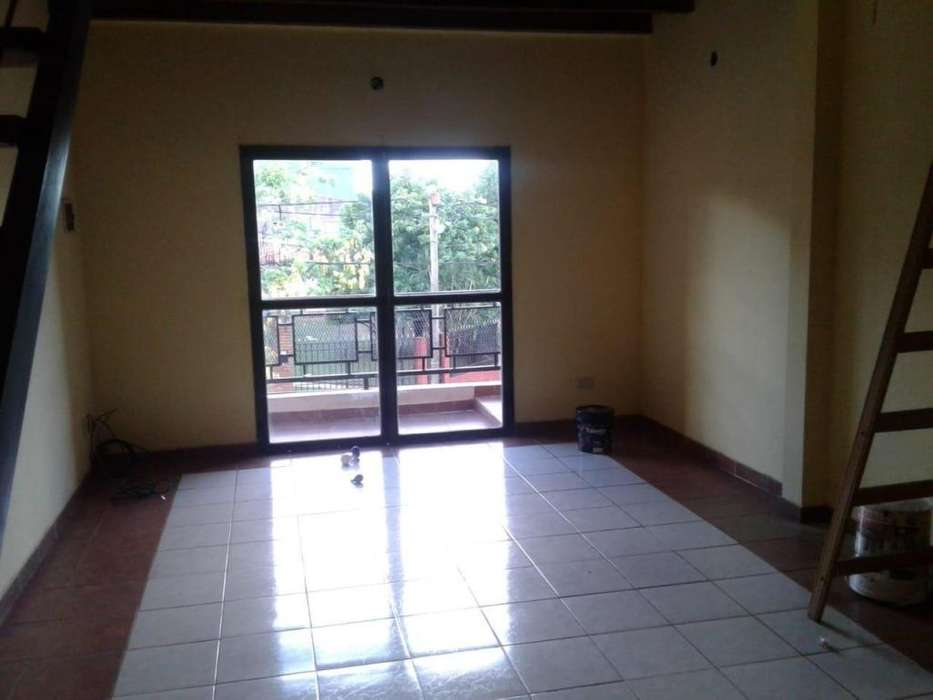 ALQUILO HERMOSO <strong>duplex</strong>. 2 DORM. ZONA LAVALLE Y CHACABUCO.- 8000