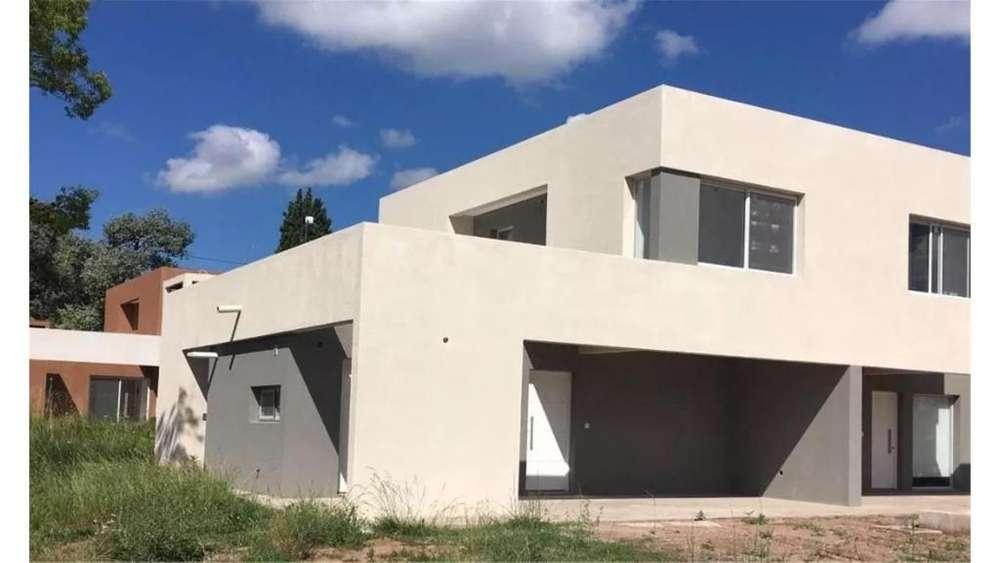 Casas Del Este, Pilar Del Este Lote / N 0 - UD 78.000 - Casa en Venta