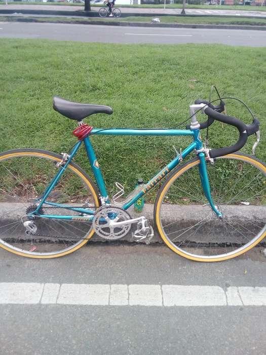 Vendo Bicicleta Semi Carreras