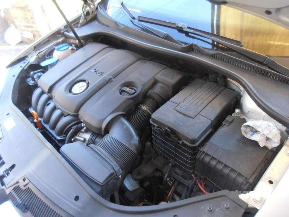 Volkswagen Vento 2011 - 102000 km