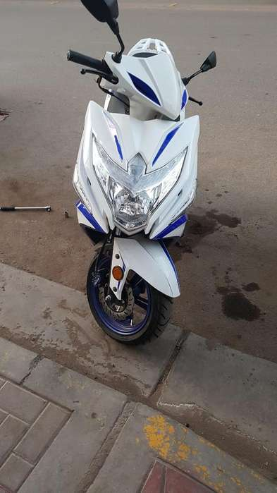 Moto Italika Trn150