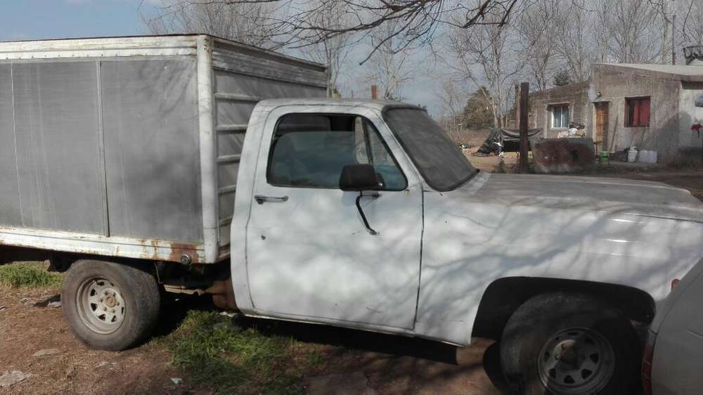 Vendo O Permuto Chevrolet con Furgon