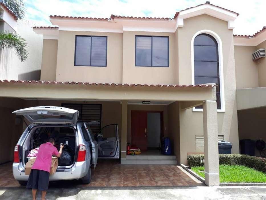 Samborondon Vendo Casa 3 Habitaciones