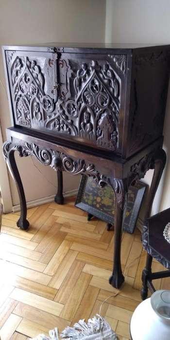 Mueble Antiguo de Madera Excelente