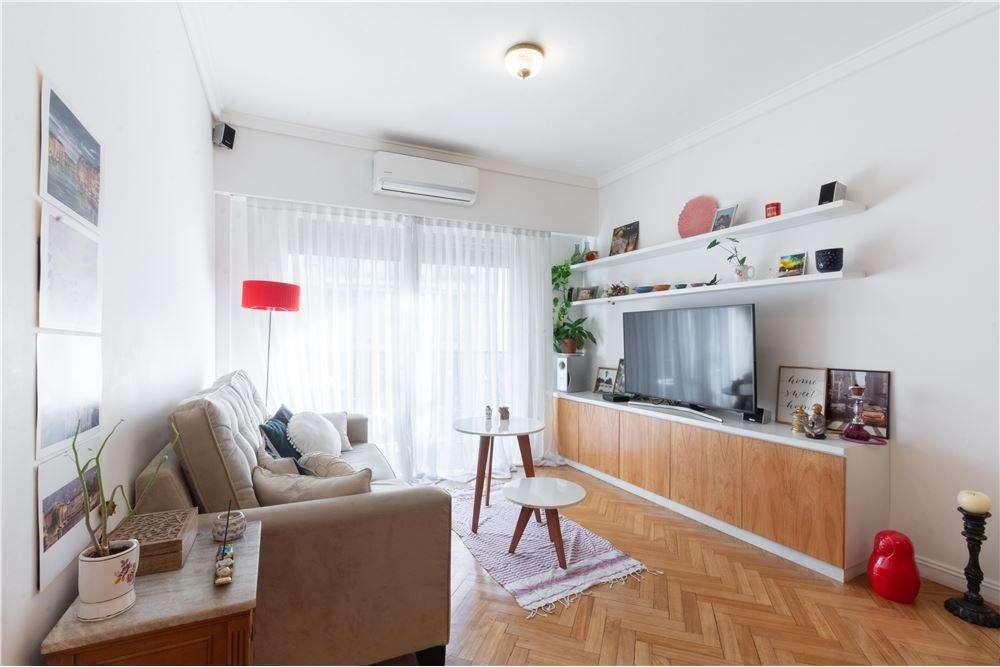 Departamento 4 ambientes - C/ balcon RECICLADO
