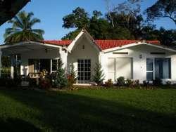 Alquilo Casa en Acacias Meta